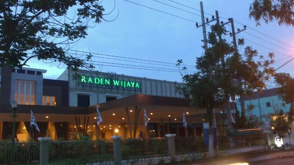 Kenyamanan Di Hotel Raden Wijaya, Mojokerto, Indonesia